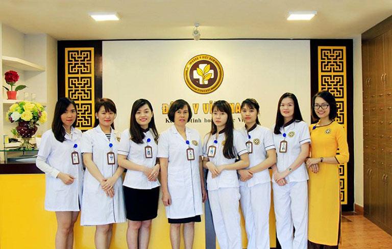 Ths. Bs Đỗ Thanh Hà hiện đang công tác tại TT Thừa kế & Ứng dụng Đông y VN - Cơ sở II