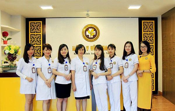 Bác sĩ Đỗ Thanh Hà và đội ngũ y bác sĩ tại Trung tâm Phụ khoa Đông y Việt Nam