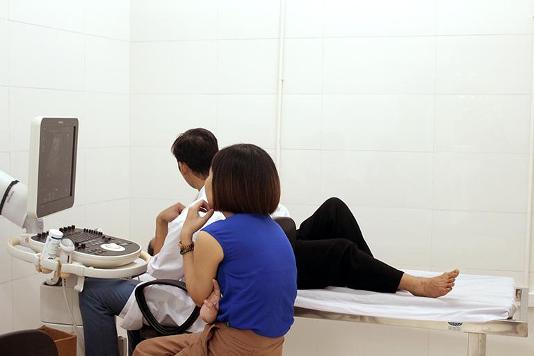 Trung tâm Phụ Khoa Đông y ứng dụng YHHĐ chẩn đoán, nâng cao hiệu quả chữa viêm phụ khoa