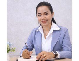 Chị Phạm Thị Thanh Hòa (Hà Đông, Hà Nội) trở lại công việc sau thời gian điều trị viêm cổ tử cung