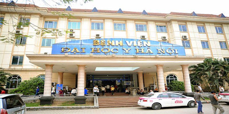 Bệnh viện Đại học Y Hà Nội với nhiều bác sĩ giỏi