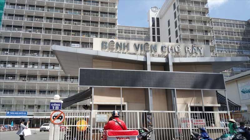 Bệnh viện Chợ Rẫy khám và điều trị viêm lộ tuyến