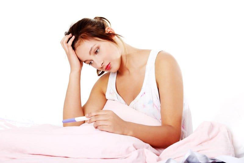 Một trong những triệu chứng của viêm lộ tuyến là khó thụ thai hơn bình thường