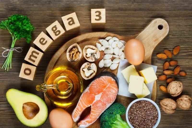 Thực phẩm giàu Axit Omega nên ăn như cá hồi, cá thu, cá ngừ,...