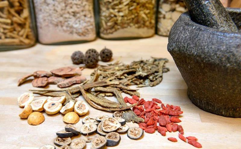 Thuốc Đông y tác động trực tiếp vào căn nguyên gây viêm âm đạo do thiếu nội tiết
