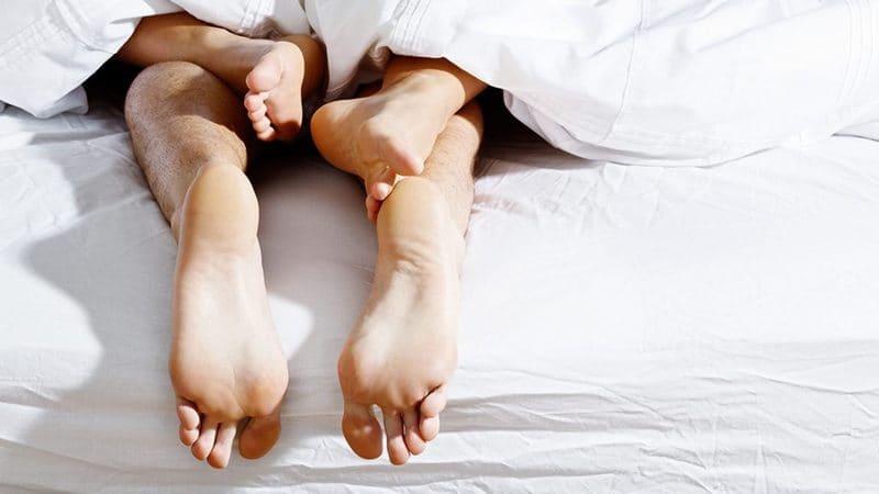 Trong thời gian bị viêm nhiễm và điều trị người bệnh không nên quan hệ tình dục để hạn chế tối đa tổn thương