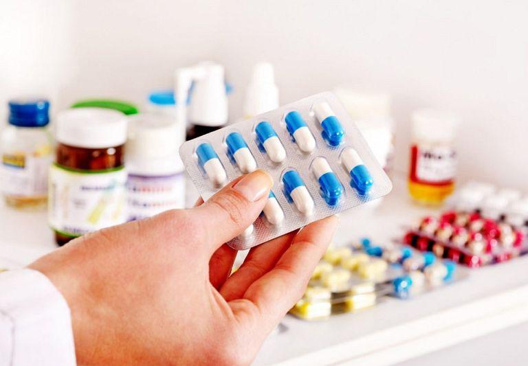 Thuốc tây y trị bệnh một cách hiệu quả và nhanh chóng.
