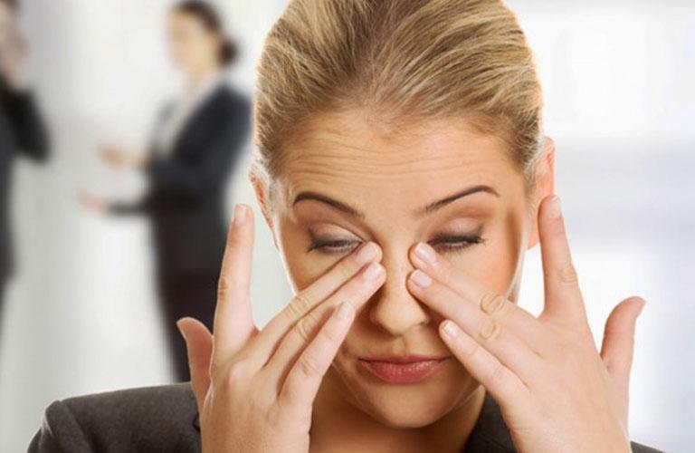 Uống thuốc tránh thai lâu dài có thể gây ra suy giảm thị lực.