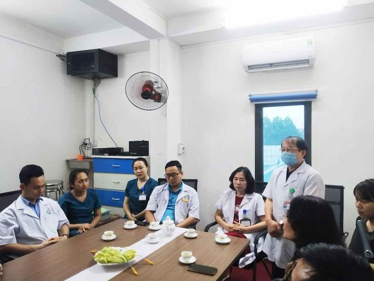 Buổi ký kết có sự tham gia của đông đảo đội ngũ y bác sĩ phòng khám Đa khoa Hà Nội - Phú Bình