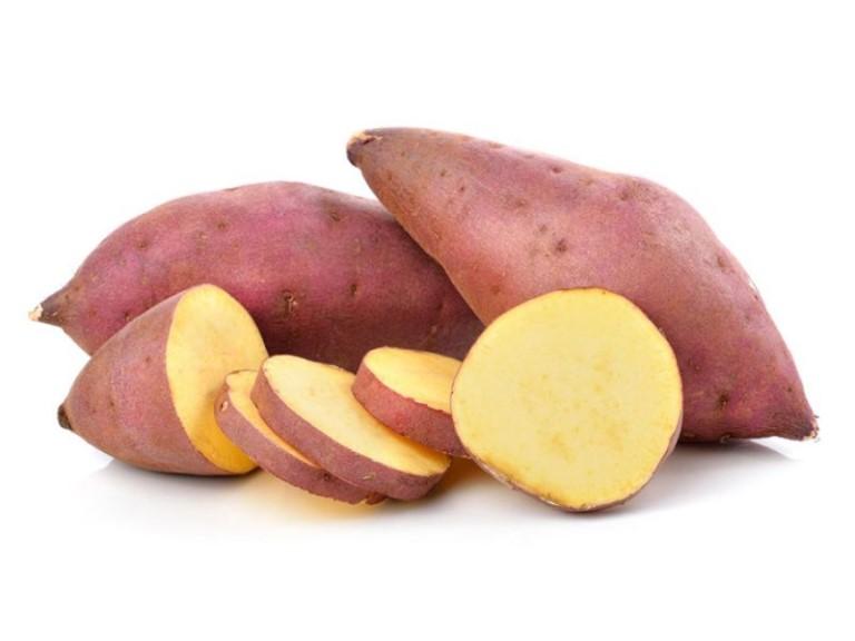 Lưu ý không nên ăn khoai lang vào buổi tối vì dễ gây đầy bụng