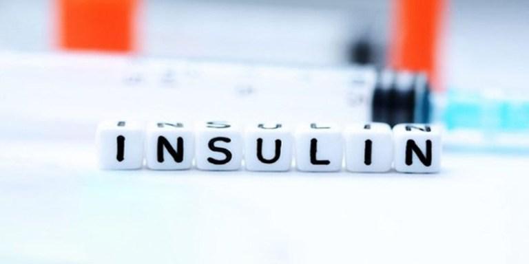 Kháng insulin gây đa nang 2 bên buồng trứng