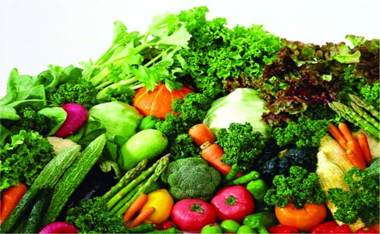 Người bị đa nang buồng trứng cần chú ý chế độ dinh dưỡng, tăng cường rau xanh