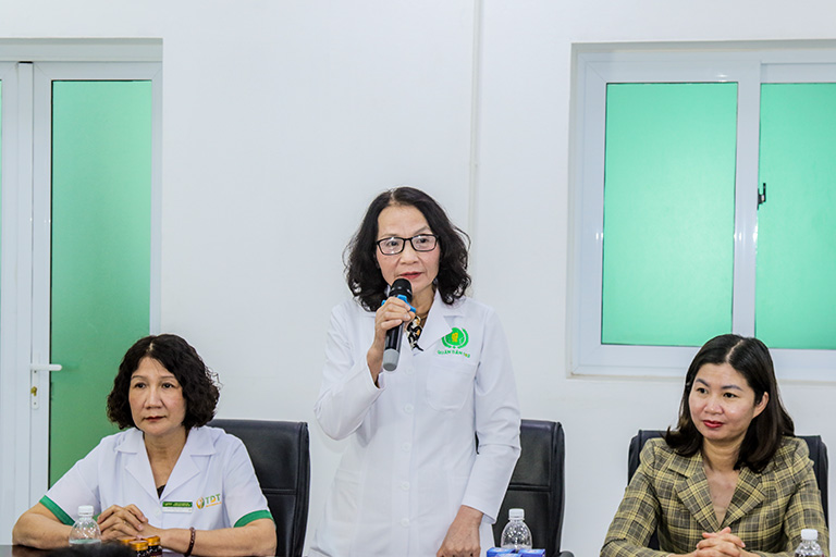 Thầy thuốc Lê Phương phát biểu trong phiên họp ngày 15/06/2021