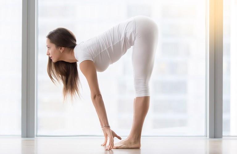 Tư thế yoga chữa lạc nội mạc tử cung: Gập trước
