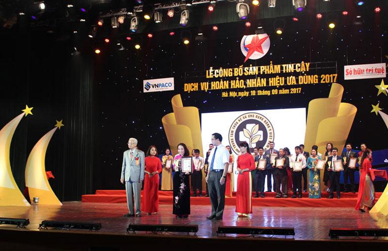 Trung tâm Phụ Khoa Đông y Việt Nam được trao CUp Vàng Thương hiệu uy tín - chất lượng