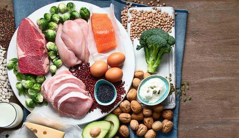 Người bệnh cần tuân thủ chế độ ăn uống khoa học để hỗ trợ điều trị bệnh tốt hơn