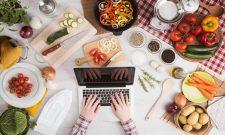 Ăn gì trị huyết trắng? Những thực phẩm, món ăn chị em nên bổ sung