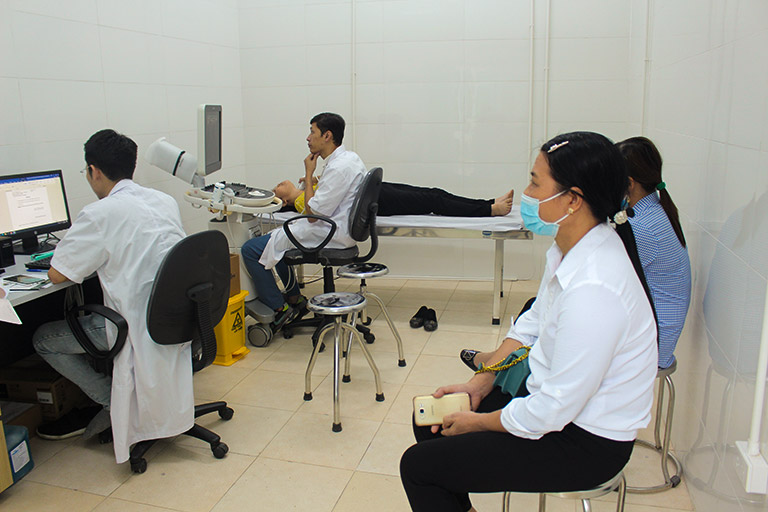 Trung tâm Phụ Khoa Đông y ứng dụng siêu âm 4D chẩn đoán lạc nội mạc tử cung