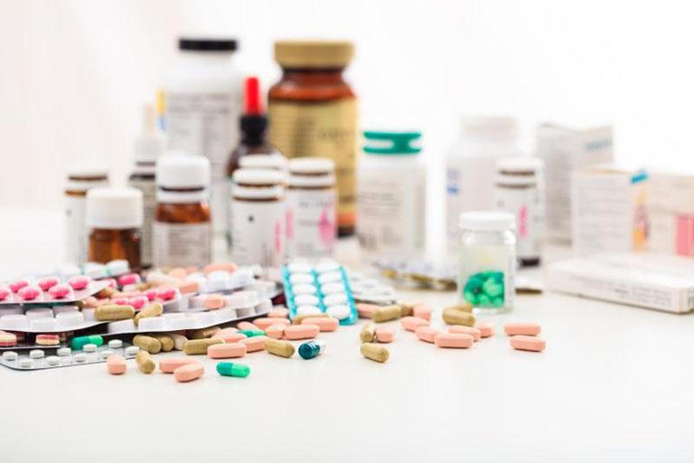 Dùng thuốc Tây chữa viêm ống dẫn trứng cần tuân thủ chỉ dẫn bác sĩ